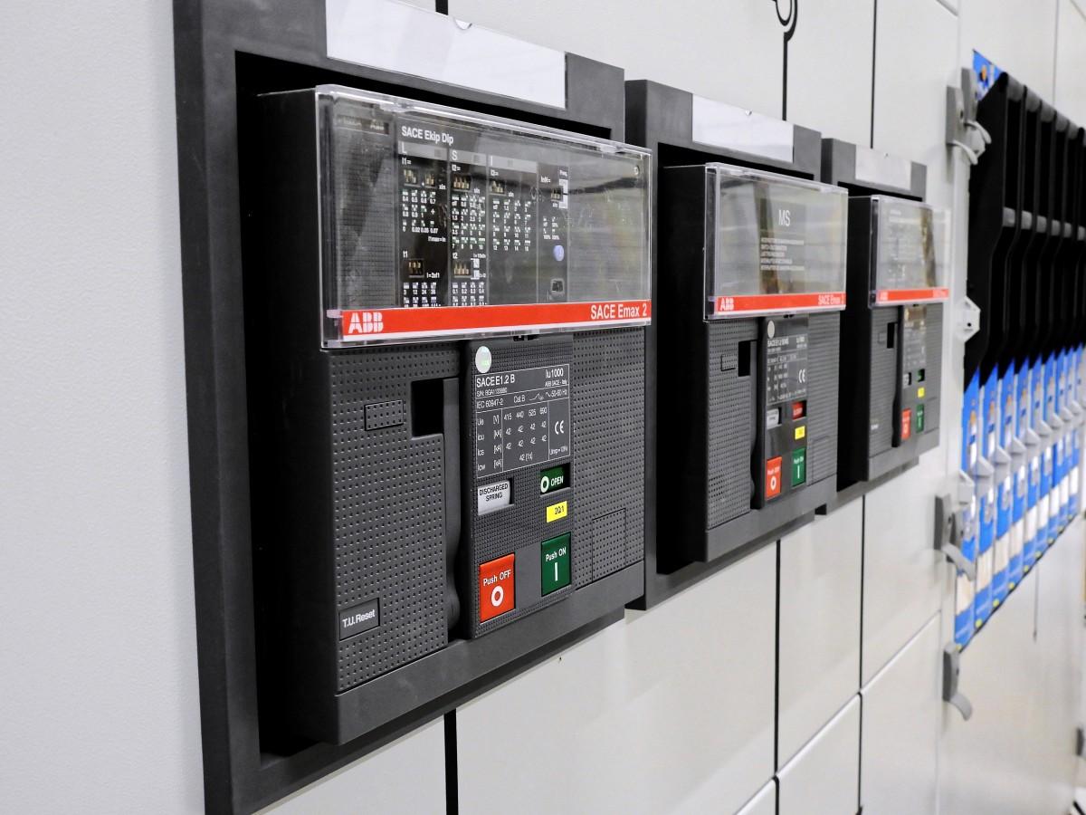 etobicoke electrician